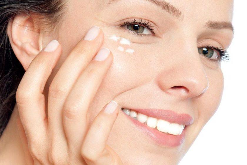 Tham khảo 6 cách làm căng da vùng mắt hiệu quả