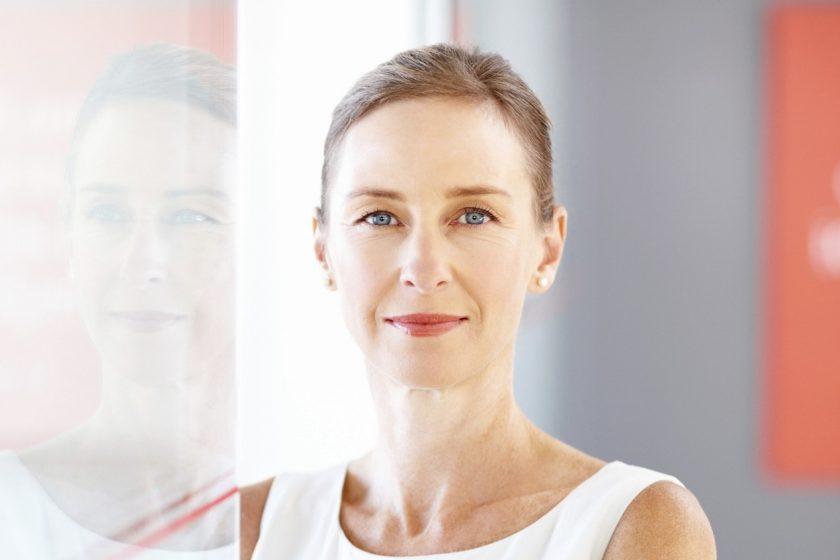 Căng da mặt nội soi – Phương pháp hồi xuân nhanh nhất
