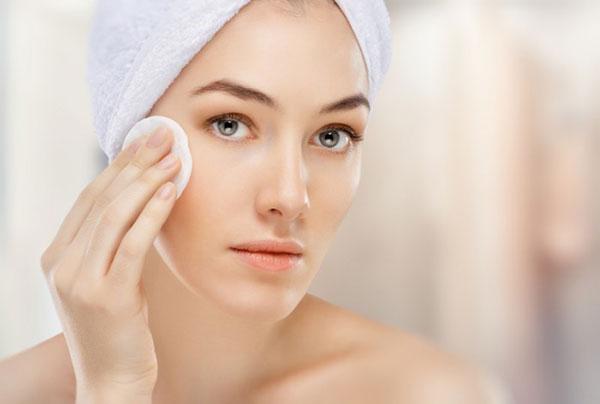 Hướng dẫn cách chăm sóc da nhờn và lỗ chân lông to