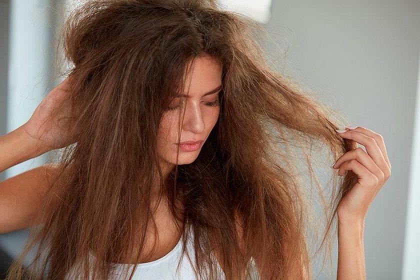 Giải đáp thắc mắc: Tóc khô xơ phải làm sao để phục hồi lại?