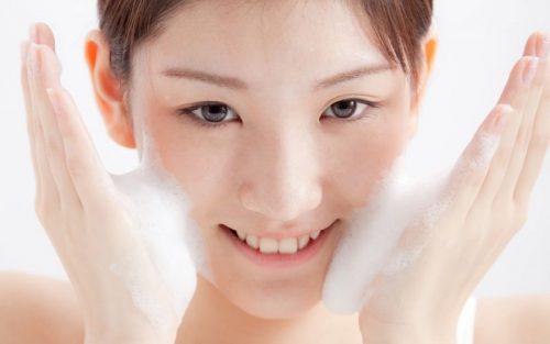 Làm sao để đẹp hơn mỗi ngày nhờ sở hữu một làn da sáng, đẹp mịn màng.