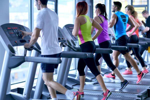 Tập thể dục tại các phòng tập